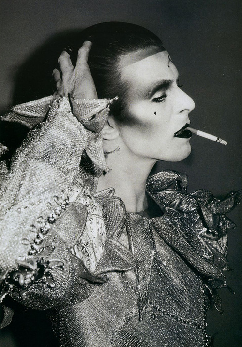 Bowie mime